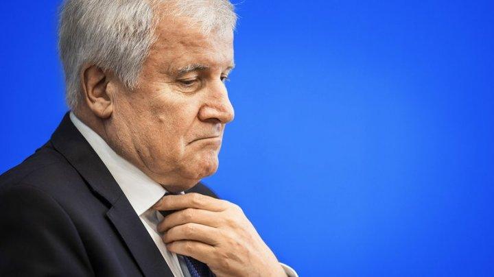 Ministrul german de interne Horst Seehofer se pregăteşte să demisioneze din fruntea CSU. Care este motivul