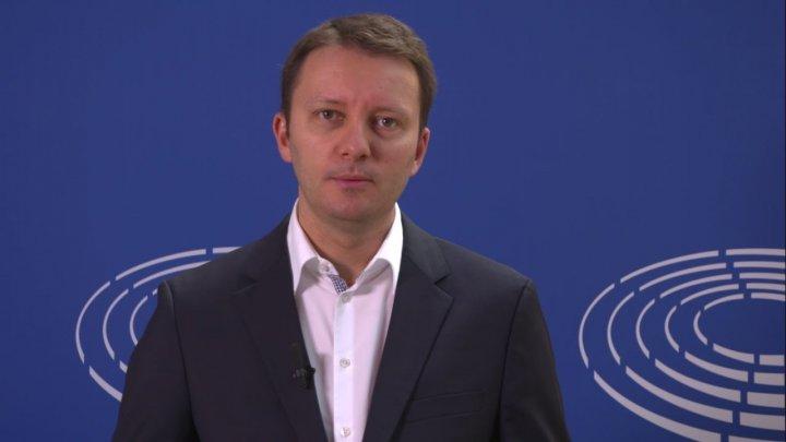 """Fost consilier prezidențial: Europarlamentarul PNL, fost PMP, Siegfried Mureșan este """"omul Serviciilor"""""""