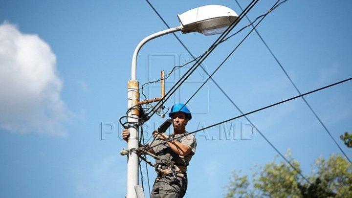 Moldovenii sunt revoltaţi de majorarea tarifelor la energia electrică