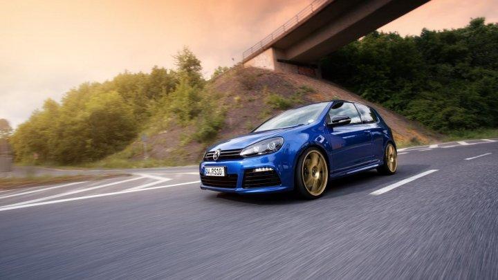 Volkswagen trebuie să returneze banii unui client care și-a cumpărat un Golf diesel nou în 2012