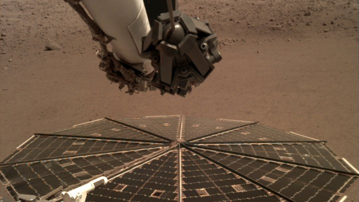 Sonda InSight a înregistrat vântul pe Marte (VIDEO)
