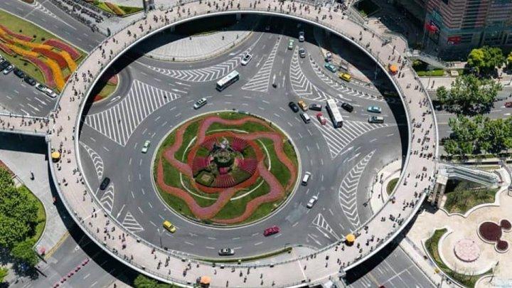 Cea mai clară poză făcută dintr-un satelit chinez. Vezi chiar și pietonii pe stradă (FOTO)