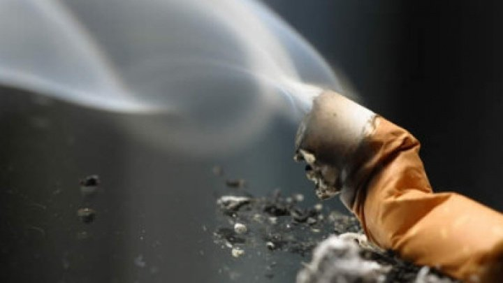 Tragedie la Ialoveni: Un bărbat, UCIS ÎN SOMN de o ţigară lăsată aprinsă (VIDEO)