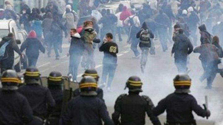 Incredibil. Câți bani au pierdut magazinele de la începutul protestelor din Franța