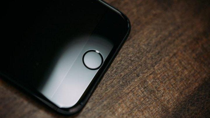 Un iPhone a salvat viaţa a opt persoane naufragiate în Japonia
