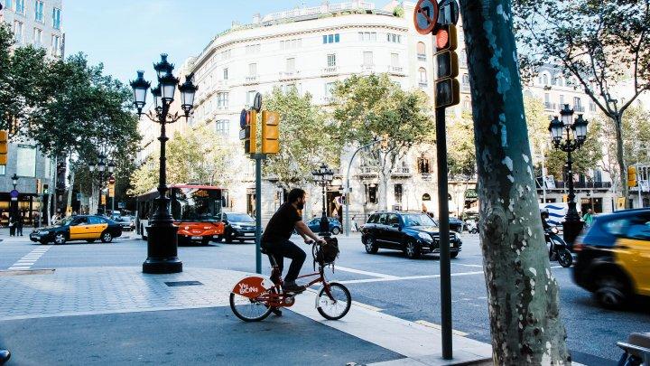 O ţară din Europa îşi va plăti locuitorii care vor circula mai mult cu bicicleta