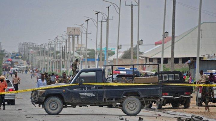 Atacul sinucigaş revendicat de SI în nordul Siriei: Patru militari americanit printre cele 16 victime