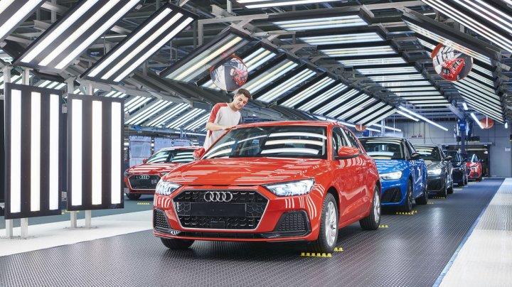 Audi investeşte 14 miliarde de euro în mobilitate electrică, digitalizare şi conducere autonomă