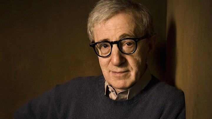 Fostul model Babi Christina Engelhardt a dezvăluit a avut o relaţie cu regizorul Woody Allen când avea doar 16 ani