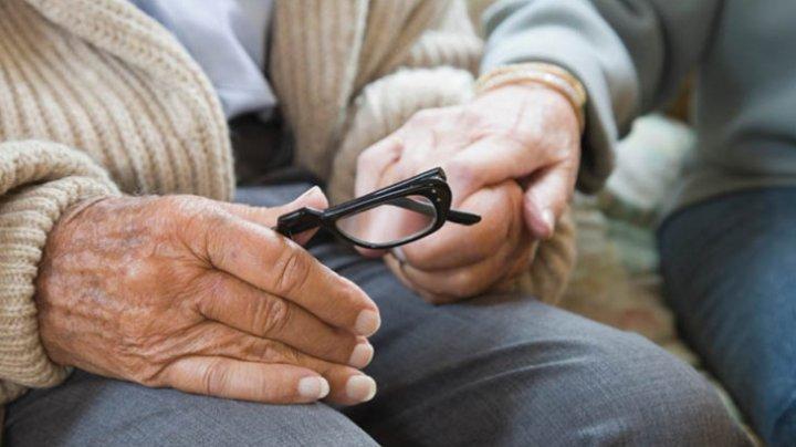 SUA ar putea aproba un tratament împotriva maladiei Alzheimer