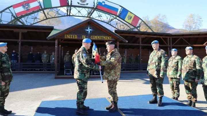 Militarii, din cel de-al zecelea contingent al Armatei Naţionale, şi-au început misiunea în Kosovo (FOTO)