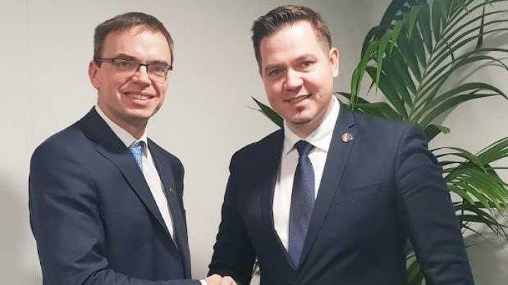 Tudor Ulianovschi și omologul său estonian, Sven Mikser, au avut o întrevedere la Milano