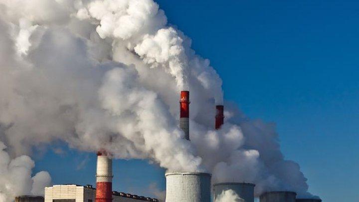 China și India, principalele țări responsabile pentru creșterea nivelului emisiilor de dioxid de carbon