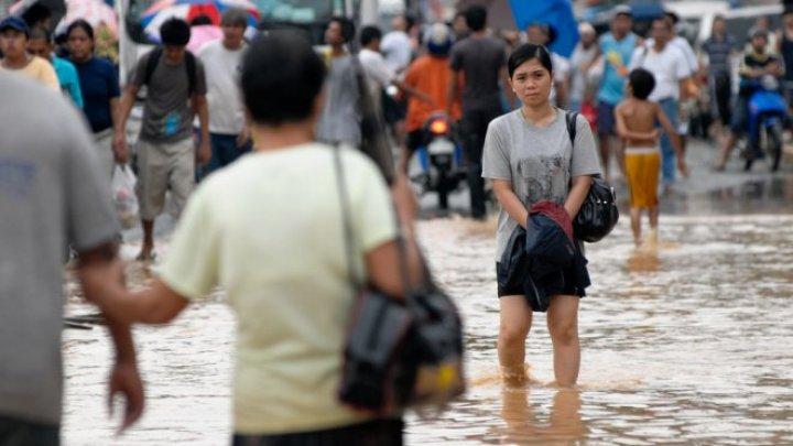 Vremea rea face ravagii în Filipine. Peste 22.000 de mii de persoane au fost evacuate, iar 26 au murit