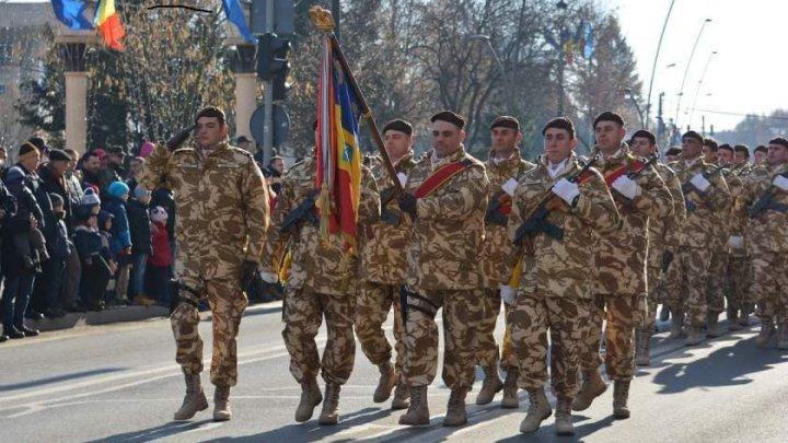 SPECTACOL MILITAR DE CENTENAR: Românii de pretutindeni, cu ochii pe Alba Iulia