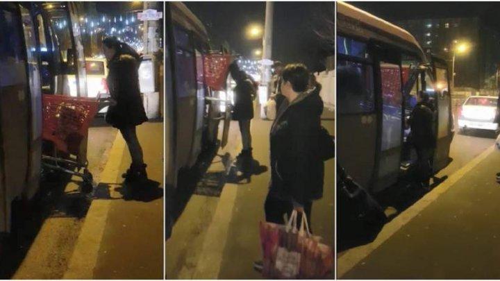 IMAGINI INEDITE! Momentul în care o familie urcă cu tot cu căruciorul de cumpărături în autobuz