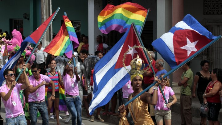 Cuba elimină limbajul care promovează legalizarea căsătoriilor homosexuale din proiectul noii constituții