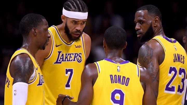 DUELURI PE MUCHIE DE CUŢIT. Lakers au pierdut meciul cu Kings în ultima secundă
