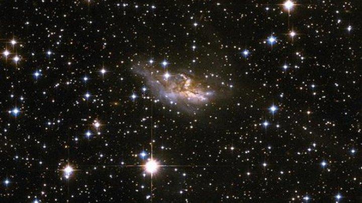 Astronomii au detectat peste 100 de exoplanete cu ajutorul telescoapelor spaţiale şi terestre