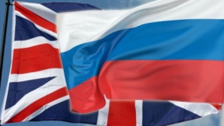Moscova şi Londra vor începe să-şi trimită diplomaţii înapoi la posturi în ianuarie