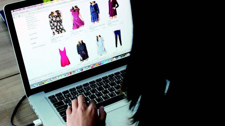 Shopping online LIBER în toată Uniunea Europeană. Accesul la unele site-uri nu va fi blocat pentru că veniți din altă țară