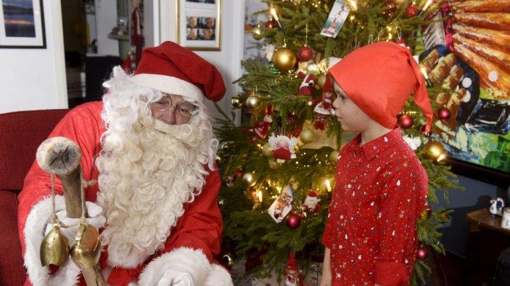 Un băiat din Germania a sunat la poliţie pentru că nu a primit niciun cadou de Crăciun din lista sa