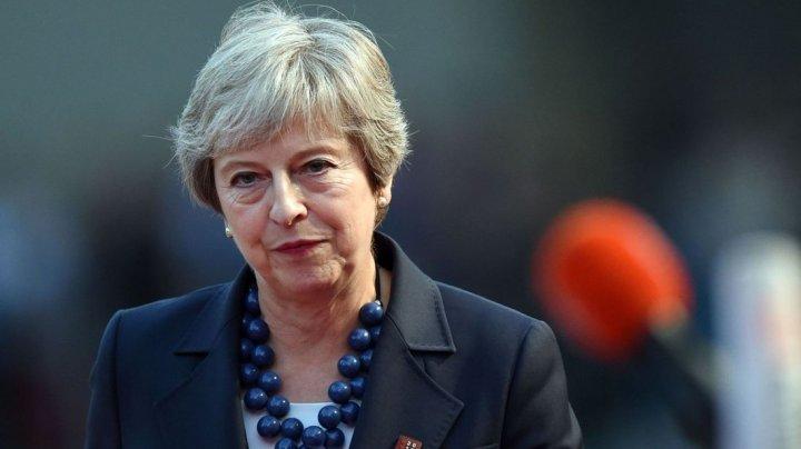 Theresa May respinge speculaţiile că ar putea demisiona dacă pierde votul din parlament cu privire la Brexit