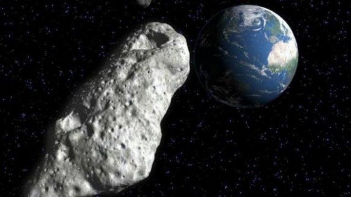 NASA AVERTIZEAZĂ! Un asteroid cât două avioane Boeing se apropie periculos de Pământ