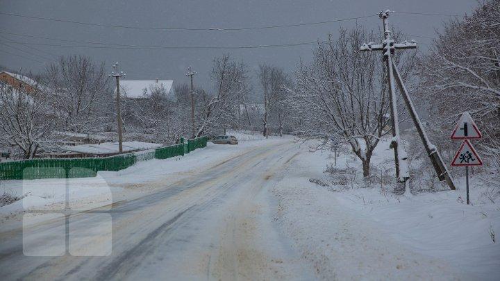METEO: Mâine va ninge slab în toată ţara. Câte grade vor indica termometrele