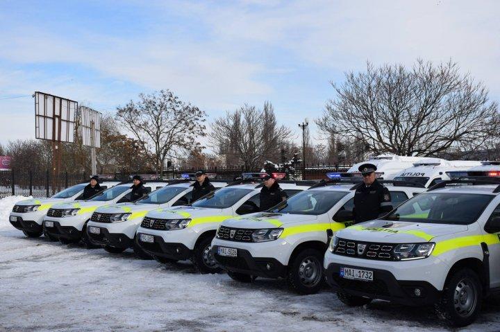 Alte 39 de maşini noi au intrat în dotarea poliţiei. Cum arată (FOTO)