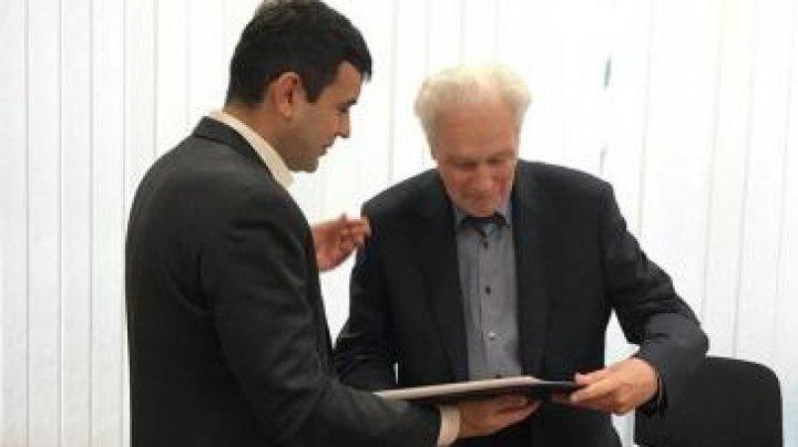 Chiril Gaburici a acordat DIPLOME celor care au participat la înlăturarea consecințelor deflagrației de pe Bulevardul Moscovei