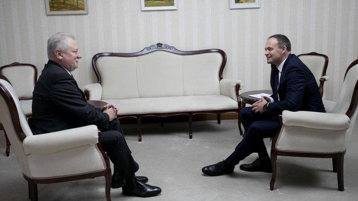 Andrian Candu îl primeşte pe Veaceslav Untilă. Concursul public pentru identificarea candidaților la funcția de şef ANRE continuă