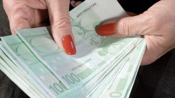 O nouă victimă a unui escroc din Capitală. A plătit 1.100 de euro pentru NIMIC în schimb