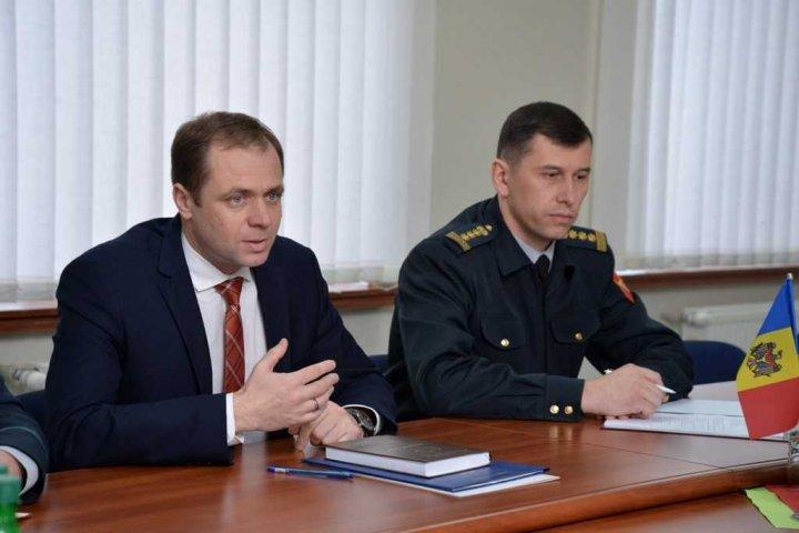 Cooperarea dintre Moldova și Lituania, discutată la ministerul Apărării