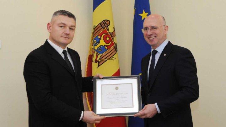 Guvernul îl propune pe înotătorul Ion Lazarenco la Premiul Nobel pentru Pace