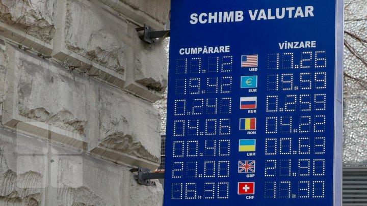 CURS VALUTAR 9 ianuarie: Câţi lei costă un euro şi un dolar