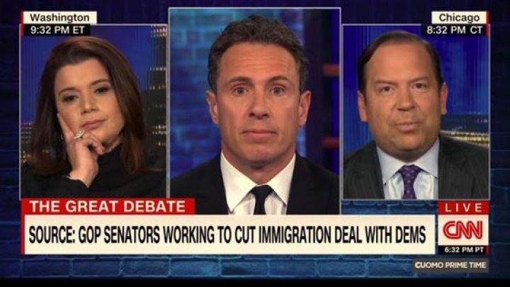 O invitată la o dezbatere politică transmisă în direct la TV îşi face unghiile în timp ce colegii ei se ceartă (VIDEO)