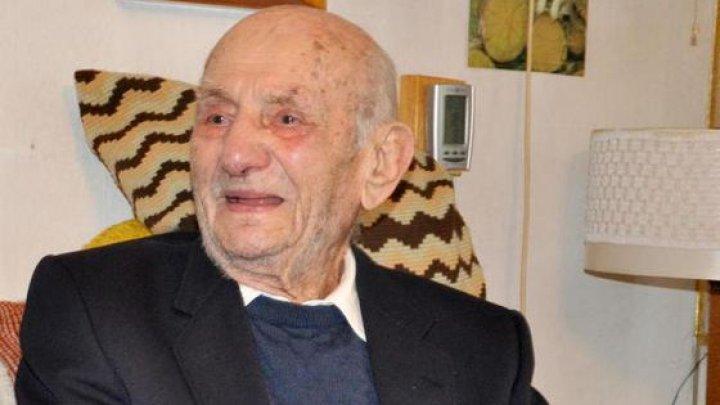 Cel mai bătrân bărbat din lume. Câţi ani are germanul, care a bătut recordul longevităţii între bărbaţi