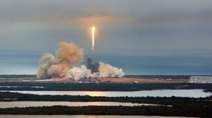 SpaceX poate deveni a doua cea mai mare companie privată din SUA