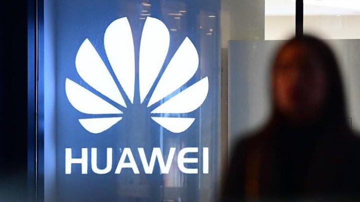Huawei, acuzată de fraudă şi spionaj. SUA vor cere extrădarea fiicei fondatorului comapniei