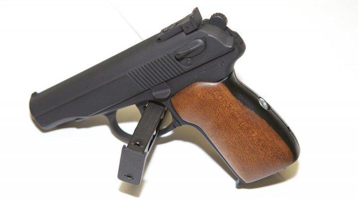 Motivul pentru care Rusia doreşte să înlocuiască pistoalele sovietice de tip Makarov