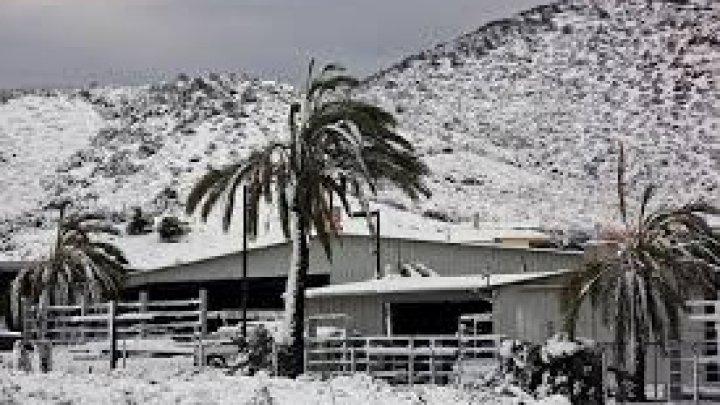 O FURTUNĂ PUTERNICĂ va aduce în California un strat de zăpadă de peste doi metri şi ploi abundente