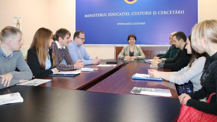 Secretarul de stat Elena Belei i-a felicitat pe studenții-doctoranzi care vor beneficia în acest an de Bursa de Excelență a Guvernului și de Bursa nominală