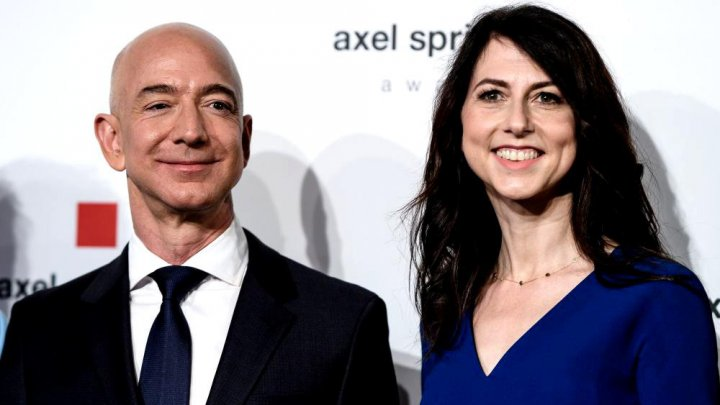 Jeff Bezos, a rămas cu 75% din companie, după divorţul de MacKenzie Bezos