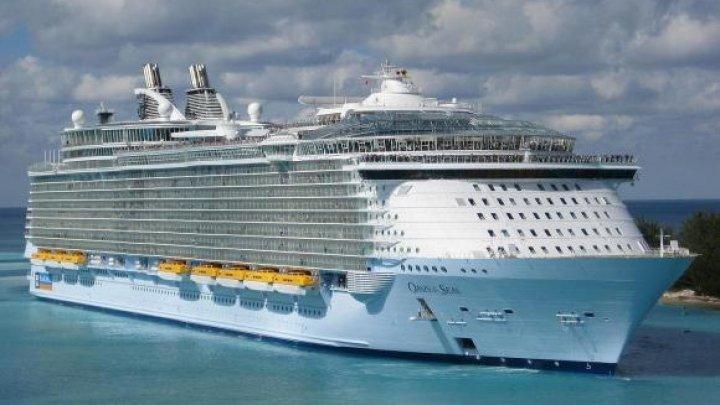 Coșmar la bordul uneia dintre cele mai cunoscute nave de croazieră din lume. Sute de persoane s-au îmbolnăvit