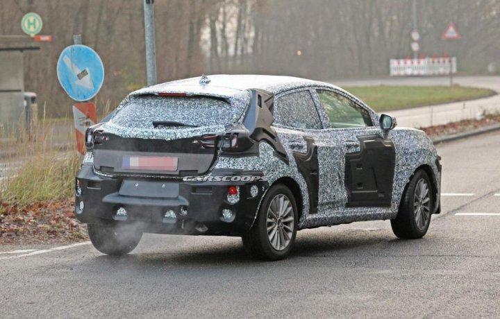 Un nou model Ford, gata de a fi fabricat la România. Maşina ar urma să înlocuiască EcoSportul produs de americani