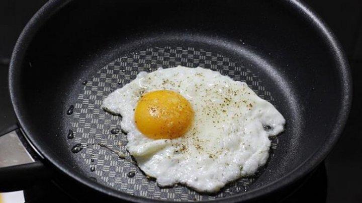 Trebuie să ştii asta: Ce se întâmplă dacă mănânci trei ouă în fiecare zi