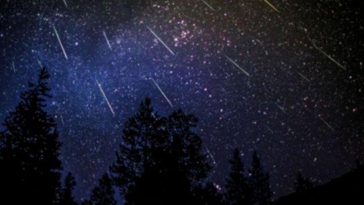 SPECTACOL CERESC: Japonia a plasat pe orbită un satelit care poate declanşa o ploaie artificială de stele căzătoare