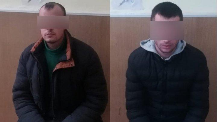 Traversare frauduloasă la frontiera cu România: Doi bărbați din Capitală au fost reținuți