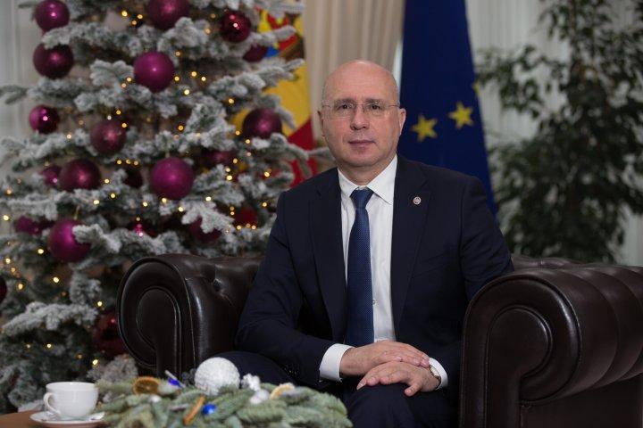 Pavel Filip, interviu pentru revista Altitude: Premierul a povestit detalii despre familie şi pasiuni